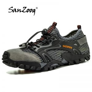 Anti-Skid Hiking Shoes 1